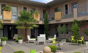 l hotel hôtel le patio de violette