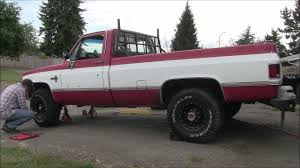 1984 Chevy K20 Let's Get Rid Of Those Rusty Center Caps - YouTube
