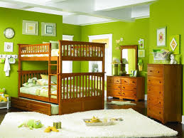 stylish wooden bunk bed and bright green wall color for chic
