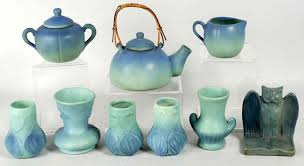 rookwood pottery identification and value guide