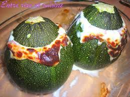 cuisiner courgette ronde courgettes rondes farcies et dégoulinantes à souhait entre rire et
