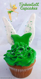 Pampered Chef Easy Accent Decorator Cupcakes by Top 25 Best Tinker Bell Cake Ideas On Pinterest 2nd Birthday