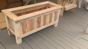 How To Make A Wood Pallet Planter