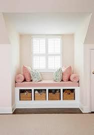 chambre b b 9m2 chambre de 9m2 avec niche blanche avec espace pour s asseoir au