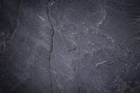 The Metamorphic Rock We Know As Slate Has Become A Popular Floor Tile Option Around World It Features Fine Grain And Rich Palette Of Colors That Can