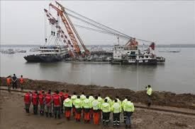 Cruise Ship Sinking 2015 by Death Toll In Chinese Cruise Ship Sinking Rises To 431 Life