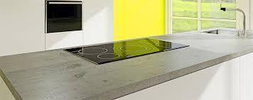 laminat hochglanz und strukturierte arbeitsplatten