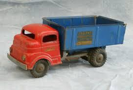 100 Structo Toy Truck 7005 S Pressed Steel Dump Truck No 844X77