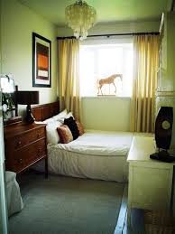 Decorating Ideas Small Bedrooms Awesome Bedroom Room Decor Simple Bed