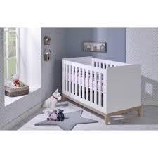 chambre bébé bois chambre bebe bois massif 6 lit bebe evolutif 70x140 siki