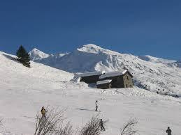 chalet d alpage mitoyen sur les pistes a 1850m alt versant ouest