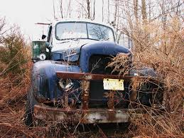 AN OLD MACK TRUCK IN MARCH 2010 | Rusting In The Weeds. | Flickr
