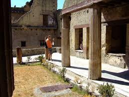 100 Court Yard Houses Garden Courtyard In House Of The Black Salon Herculaneum