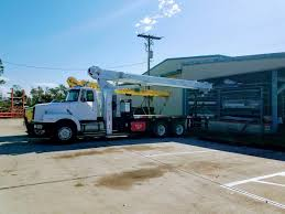 100 Service Truck With Crane For Sale S Equipment In Florida EquipmentTradercom