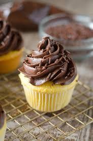 Boston Cream Cupcakes Go Gourmet