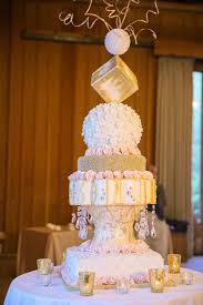 Square And Round Shapes Wedding Cake