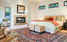 Cozy Bedroom Dcor In Farmhouse Style Vivid Decor Beautiful Colors Relaxing