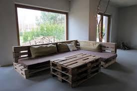 canapé en palette de bois brico meubles en bois palettes idées de meubles et décorations