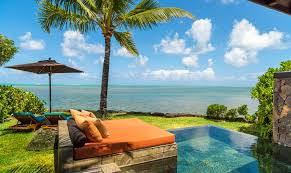 chambre d hotel avec piscine privative des chambres romantiques pour épicer votre séjour air mauritius