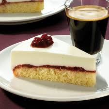 preiselbeer joghurt torte