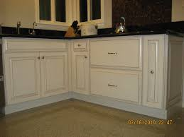 Mid Continent Cabinets Online by Dining U0026 Kitchen High Quality Quaker Maid Cabinets Design For