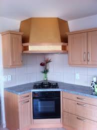 hotte de cuisine en angle habillage hotte de cuisine en bois mzaol com