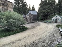 Spirit Halloween Missoula Mt 2017 by Take These 5 Haunted Hiking Trails In Montana If You Dare