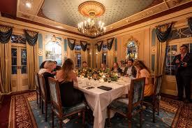 21 Royals Main Dining Room