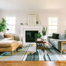 50 Best Living Room Decor Ideas With Artwork Rugs 32