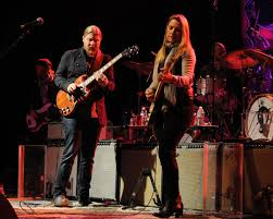 A Night Of Blues And Rock 'n' Roll With Tedeschi Trucks Band ...