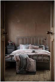 100 Warehouse Home Mademoiselle Poirot
