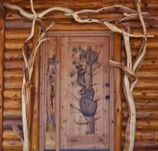 rustic carved bear screen door would look so cute on a log cabin