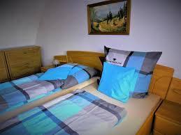 ganzes ferienhaus mit 3 schlafzimmern oldisleben