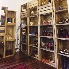easy diy shoe shelf from apple box from living etc for the home