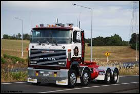 Mack Trucks: Pictures Of Mack Trucks