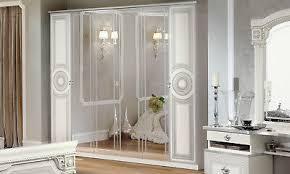 kleiderschrank schlafzimmer schrank beige silber hochglanz stilmöbel aus italien