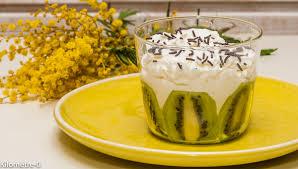 dessert aux kiwis facile verrine de kiwis au fromage frais et chantilly kilometre 0 fr