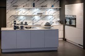 nolte l küche mit mittelinsel weiß hochglanz küchenbörse