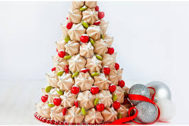 Christmas Tree Meringue Cake by Search
