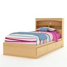 Twin Size Mates Platform Bed Frame in Natural Maple Finish