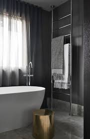 Bathroom Towel Bar Height by Best 25 Bathroom Towel Racks Ideas Only On Pinterest Towel