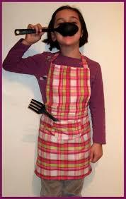 coudre un tablier de cuisine tablier de cuisine 8 ans titella créations couture