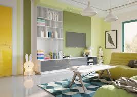 so können farbige wände die raumwirkung verändern die