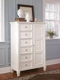 Munire Dresser With Hutch by Furniture Mirror Dressers Ashley Furniture Dresser Dresser