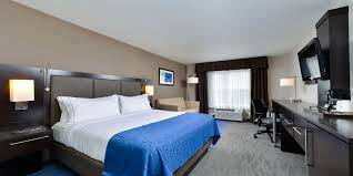 Holiday Inn Express & Suites St Louis West O Fallon Hotel by IHG