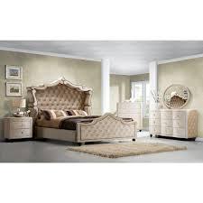 Velvet Headboard King Bed by Meridian Furniture Diamond Canopy K Diamond King Canopy Bed W