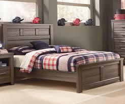 Huey Vineyard Queen Sleigh Bed by Finance Bedroom Furniture Bedroom Sets