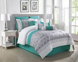 Best 25 Teal Comforter Ideas On Pinterest