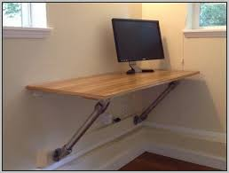 Mounted puter Desk