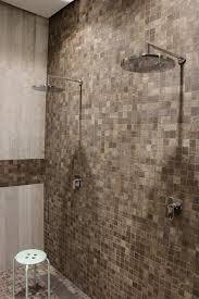 mosaik im duschbereich bad fliesen badezimmer du